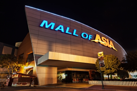 MANILA, PHILIPPINES - FEBRUARY 23: SM Mall of Asia (MOA) is a 2nd largest mall in the Philippines on February 23, 2013 in Manila, Philippines. It has a land area of 42 hectares and has gross floor area of an approximate 390193 meters Stock Photo - 22053627
