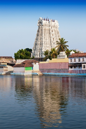 Thanumalayan Temple Suchindram, Kanyakumari, Tamil Nadu, India photo