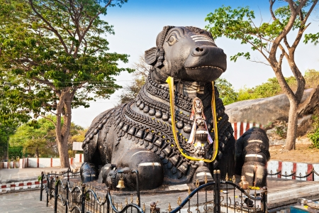 Very big metal Nandy statue in Mysore Stock Photo