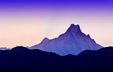 Beautiful sunrise in Himalaya mountains Stock Photo - 22100811