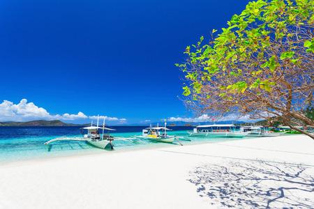 philippines: Filipino boats in the sea, Boracay, Philippines