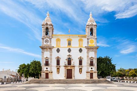 iglesia: Iglesia del Carmo (Capilla de los Huesos) en Faro, Portugal