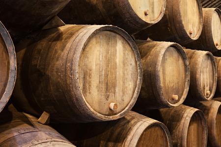 ポルト、ポルトガル ワイン セラー樽