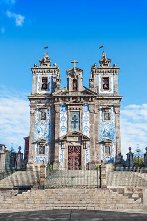 the eighteenth: Church of Saint Ildefonso (Igreja de Santo Ildefonso) is an eighteenth-century church in Porto, Portugal Stock Photo
