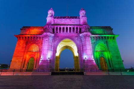 인도 뭄바이 도시에서 인도의 게이트웨이 에디토리얼
