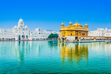 temple tower: Golden Temple (Harmandir Sahib) in Amritsar, Punjab, India