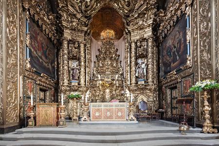 carmo: PORTO, PORTUGAL - JULY 01: Carmo Church interior on July 01, 2014 in Porto, Portugal