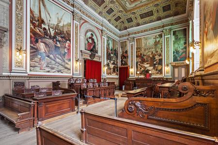 palacio: PORTO, PORTUGAL - JULY 02: The Palacio da Bolsa (Stock Exchange Palace) is a historical building on July 02, 2014 in Porto, Portugal