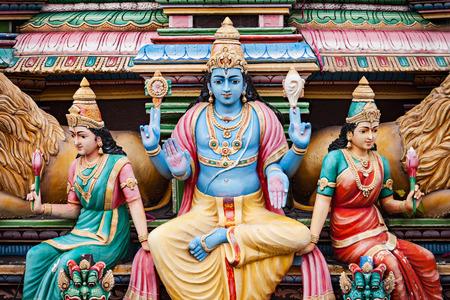 templo: El templo de Sri Mariamman es el templo hind� m�s antiguo de Singapur.