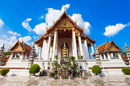 thep: Wat Suthat Thep Wararam is a Buddhist temple in Bangkok, Thailand