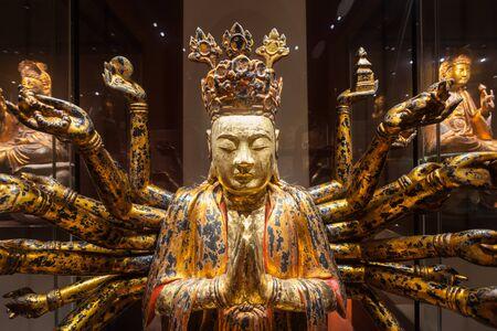 civilisations: SINGAPORE - OCTOBER 15, 2014: Buddha statue in Asian Civilisations Museum.