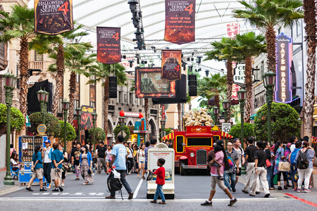 SINGAPORE - OCTOBER 17, 2014: Universal Studios Singapore is a theme park located within Resorts World Sentosa on Sentosa Island, Singapore. Stock fotó - 44825236