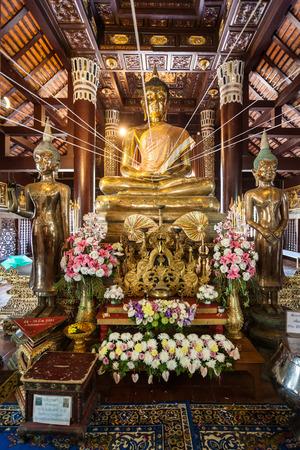 molee: CHIANG MAI, THAILAND - NOVEMBER 08, 2014: Wat Lok Molee Temple interior.