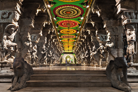 hindu temple: Inside of Meenakshi hindu temple in Madurai, Tamil Nadu, South India. Religious hall of thousands of columns