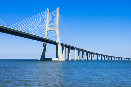 The Vasco da Gama Bridge in Lisbon, Portugal. It is the longest bridge in Europe 스톡 콘텐츠