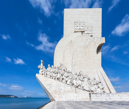 discoverer: Padrao dos Descobrimentos (Monument to the Discoveries) is a monument on bank of the Tagus River in Lisbon, Portugal Stock Photo