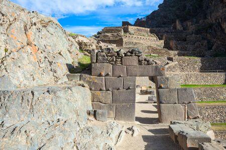 incan: Ollantaytambo is a town and an Inca ruins near Cusco in southern Peru.