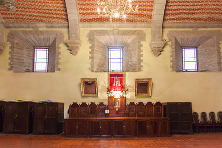 POTOSÍ, BOLIVIA - 21 de mayo, 2015: Iglesia San Lorenzo (Iglesia de San Lorenzo) interior, ubicada en Potosí, Bolivia.