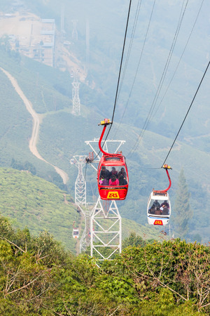 ropeway: DARJEELING, INDIA - NOVEMBER 18, 2015: The Darjeeling Ropeway is a ropeway in the town of Darjeeling in the Indian state of West Bengal Editorial