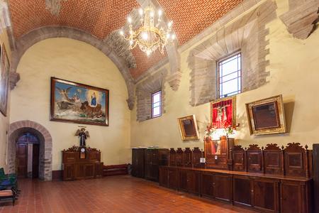 POTOSÍ, BOLIVIA - 21 de mayo, 2015: Dentro de la iglesia de San Lorenzo (Iglesia de San Lorenzo), ubicada en Potosí, Bolivia.