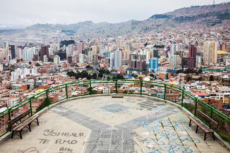 la paz: LA PAZ, BOLIVIA - MAY 16, 2015: Killi Killi Mirador in La Paz, Bolivia.