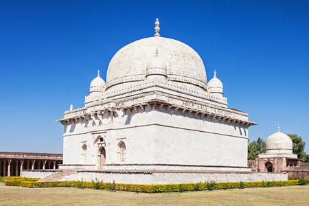 madhya: Hoshang Shah Tomb in Jama Masjid in Mandu, Madhya Pradesh, India
