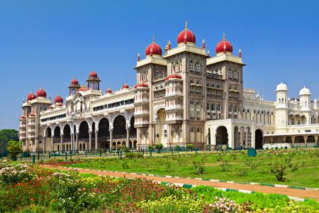マイソール宮殿、マイソール、カルナータカ州、インド 報道画像