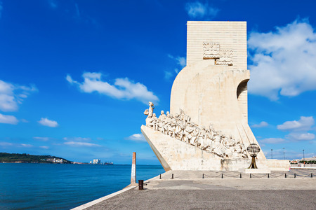 discoveries: Padrao dos Descobrimentos (Monument to the Discoveries) is a monument on bank of the Tagus River in Lisbon, Portugal Stock Photo