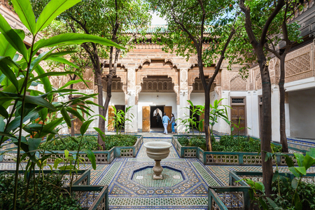 Marrakech, Marokko - 22 februari 2016: The Marrakesh Bahia Palace is een paleis en een set van tuinen ligt in Marrakech, Marokko.
