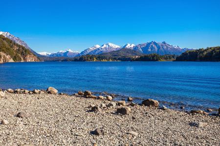 lake nahuel huapi: Nahuel Huapi Lake near Bariloche, Patagonia region in Argentina.