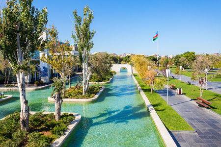 the little venice: The Little Venice water park is located on the Baku Boulevard in the center of Baku city in Azerbaijan.