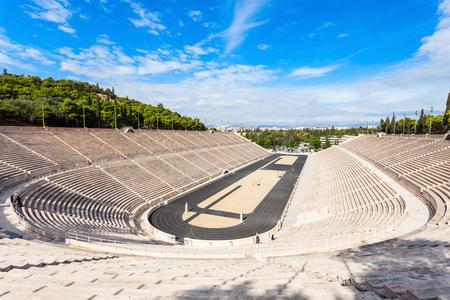 Het Panathenaïsch Stadion, ook bekend als Kallimarmaro, is een multifunctionele stadion in Athene, Griekenland Redactioneel