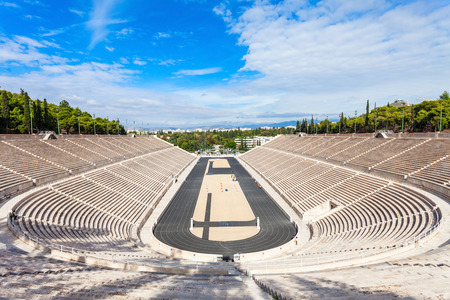 El estadio Panathenaic también conocido como Kallimarmaro es un estadio multiusos en Atenas, Grecia Foto de archivo - 79118983
