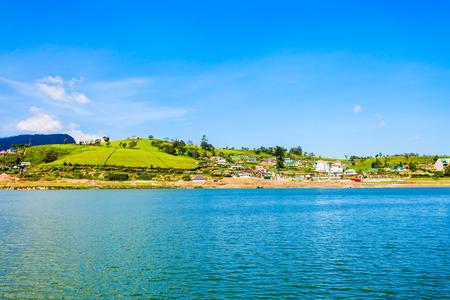 Lake Gregory and Gregory Park in Nuwara Eliya. Lake Gregory is a reservoir in centre of the tea country hill city Nuwara Eliya in  Sri Lanka. Imagens