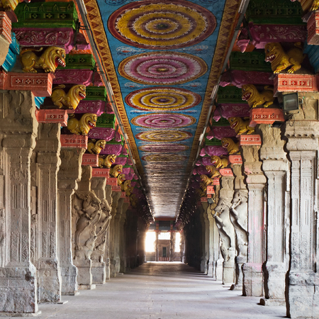 Meenakshi Temple interior, Madurai city in south India Editöryel