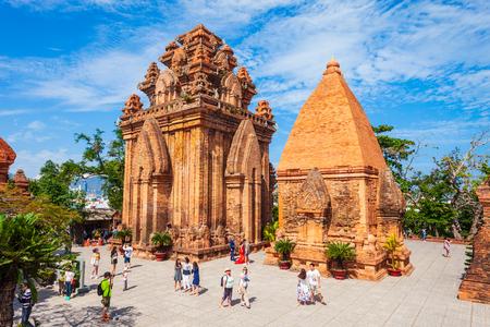 NHA TRANG, VIETNAM - 15. MÄRZ 2018: Ponagar oder Thap Ba Po Nagar ist ein Cham Tempelturm in der Nähe der Stadt Nha Trang in Vietnam?