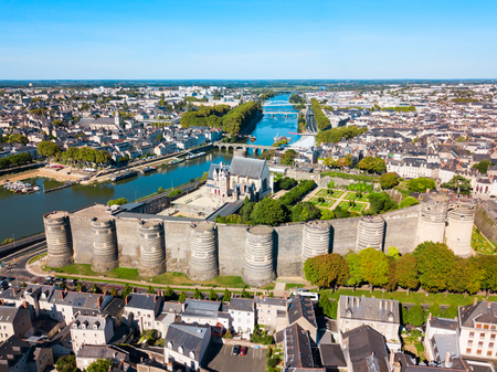 Angers aerial panoramic view. Angers is a city in Loire Valley, western France. 版權商用圖片 - 119297264