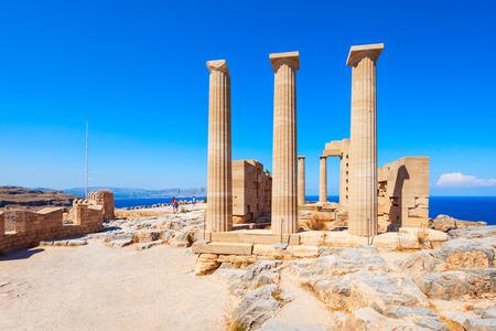 Luftpanoramaansicht der Lindos-Akropolis in Rhodos-Insel, Griechenland