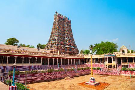 Il tempio di Meenakshi Amman è uno storico tempio indù situato nella città di Madurai nel Tamil Nadu in India