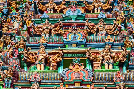Décor du temple Meenakshi Amman, un temple hindou historique situé dans la ville de Madurai au Tamil Nadu en Inde Banque d'images