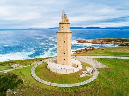 Torre di Ercole o Torre de Hercules è un antico faro romano in La Coruña in Galizia, in Spagna Archivio Fotografico