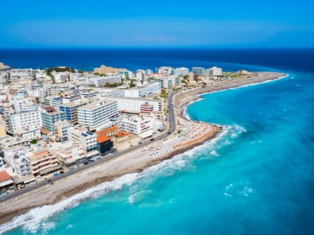 Rhodos-Stadtstrand-Luftpanoramablick in Rhodos-Insel in Griechenland