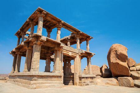Hemakuta Hill Temple Complex at Hampi was the centre of the Hindu Vijayanagara Empire in Karnataka state in India 版權商用圖片