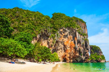 Beauty beach with yellow sand and crystal clear water in Thailand Archivio Fotografico - 129469292