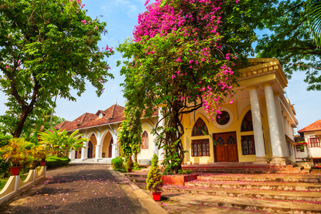 The Indo-Portuguese Museum or Bishop House is a museum in Fort Kochi in Cochin city, India 写真素材 - 129476301