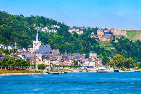 Sankt Goar est une ville sur la rive ouest du Rhin moyen en Allemagne