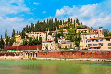 San Pietro to starożytny zamek w Weronie, region Veneto we Włoszech