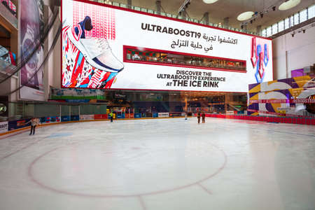 DUBAI, UAE - FEBRUARY 25, 2019: Ice Rink is located in the Dubai Mall in UAE Редакционное