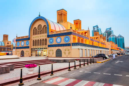 SHARJAH, UAE - MARCH 01, 2019: Blue Souk or Central Market is located in the centre of Sharjah city in United Arab Emirates or UAE Редакционное