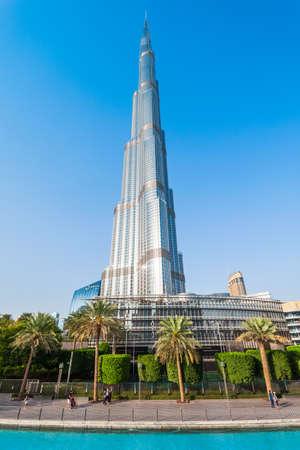 DUBAI, UAE - FEBRUARY 24, 2019: Burj Khalifa or Khalifa Tower is a skyscraper and the tallest building in the world in Dubai, UAE Редакционное